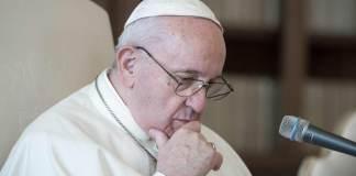 PapPapa Francescoa Francesco