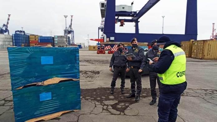 Il sequestro della merce al porto