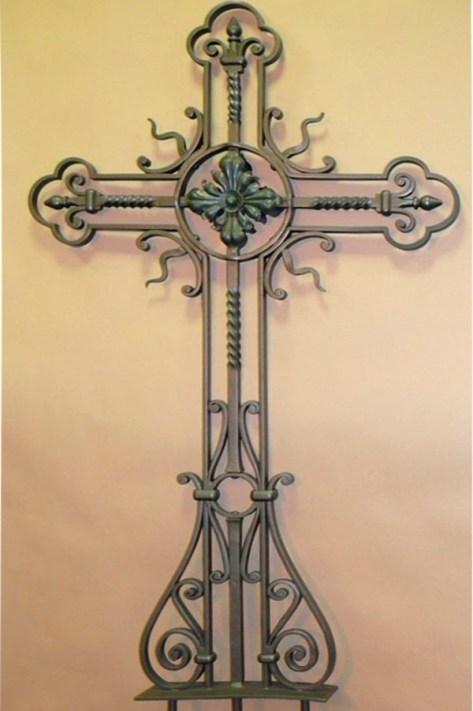 Кованый крест 16