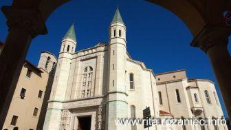 Kościół – widok z boku