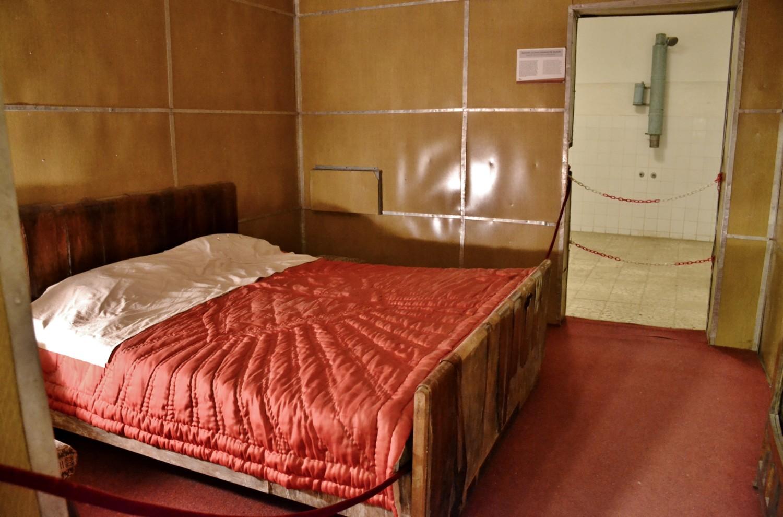 La camera da letto di Hoxha