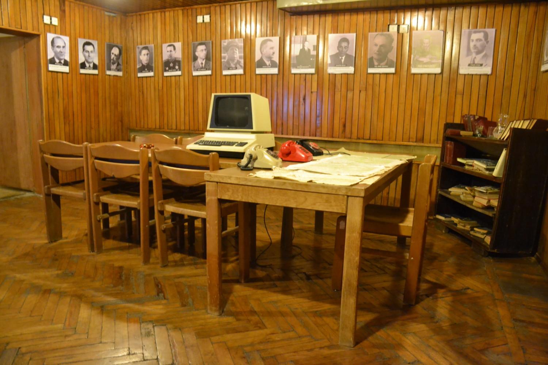 La ricostruzione di una stanza dell'epoca nel bunker