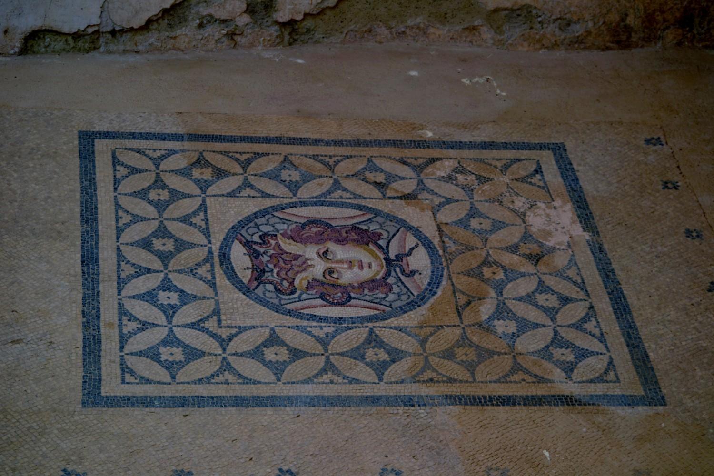 Mosaici nelle case terrazza