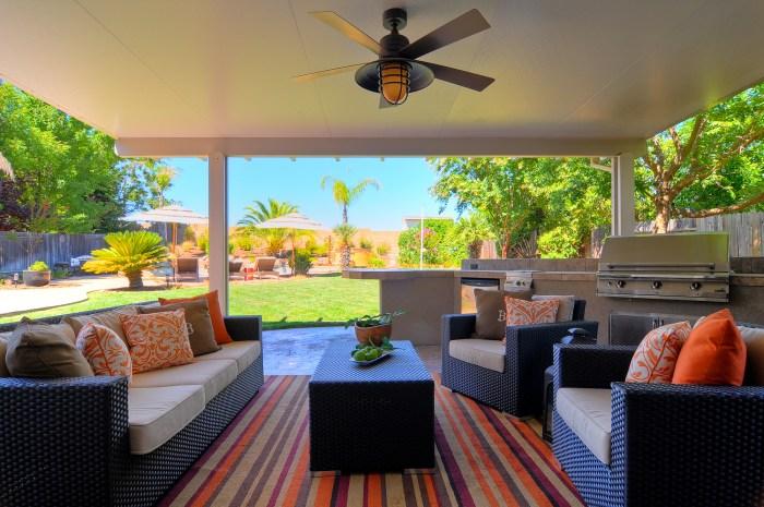 2-inside-patio