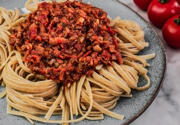 VEGAN BOLOGNESE (WITHOUT TOFU   MEAT)