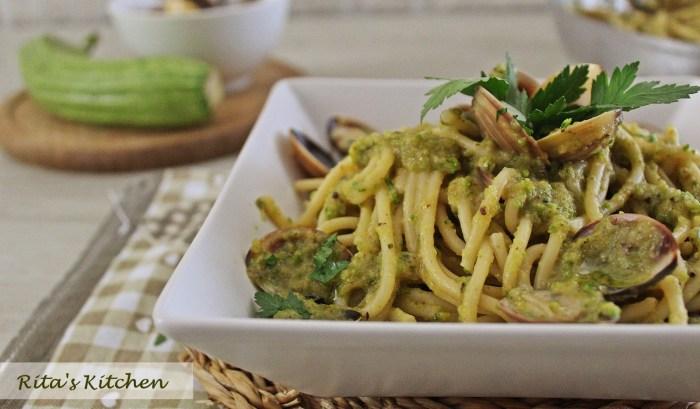 spaghetti alla crema di zucchine e vongole