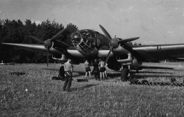 heinkel_he_111_ii.kg26_arfield_gabbert_pommern_1939_big