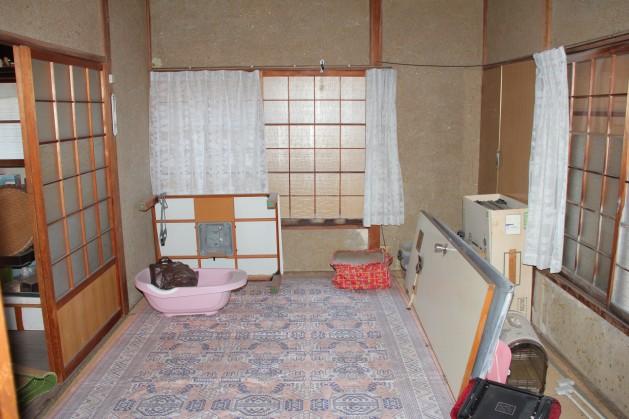 興居島・泊地區 田村邸「小高い丘の上にある小さな家」【売家 ...