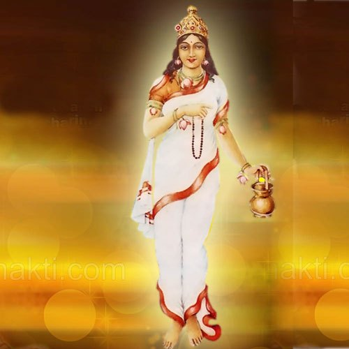Maa Brahmacharini is worshipped on second day of Navratri.