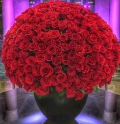 roses in lobby ritz carlton