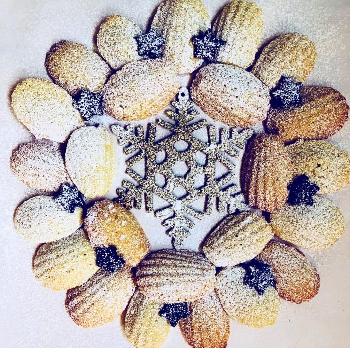 Wreath made of orange and coriander madeleines