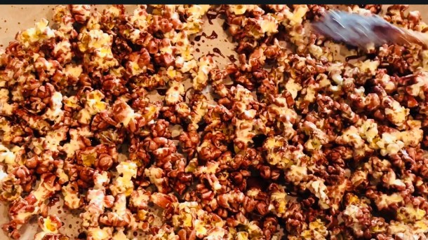 Olivia Pope Red Wine Popcorn