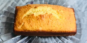White wine pound cake