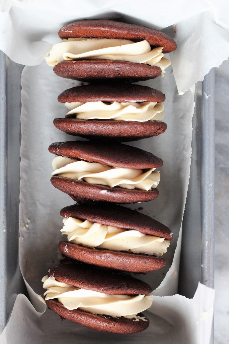 Chocolate Irish Cream Whoopie Pies