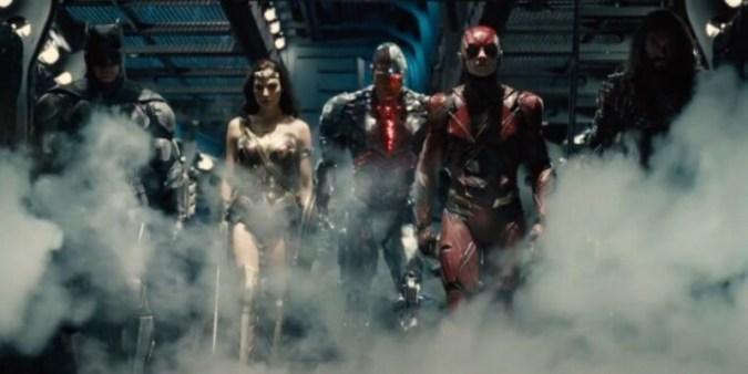 Jared Leto의 Joker가 Zack Snyder의 Justice League의 새로운 예고편으로 돌아 왔습니다.