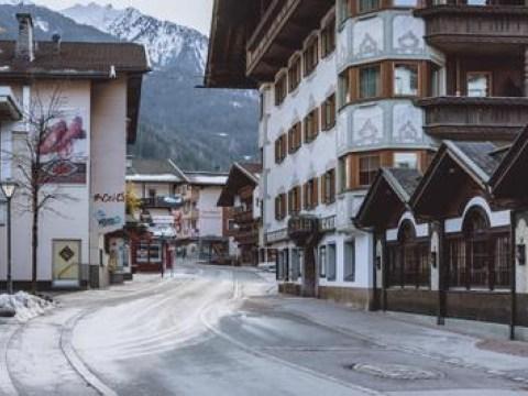Für die Ausreise aus Tirol braucht es ab heute einen negativen Corona-Test