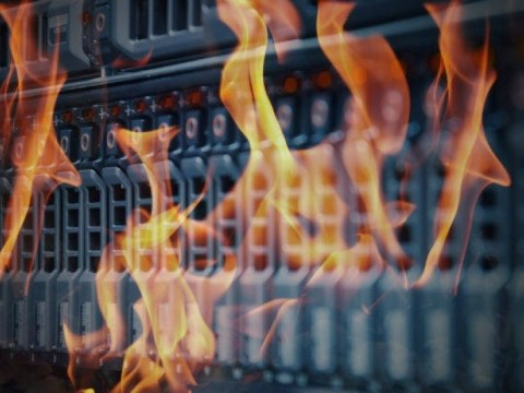 블루 먼데이에 대해 이야기하십시오 : OVH, 프랑스 데이터 센터가 불타 오르면서 복구 계획 설명