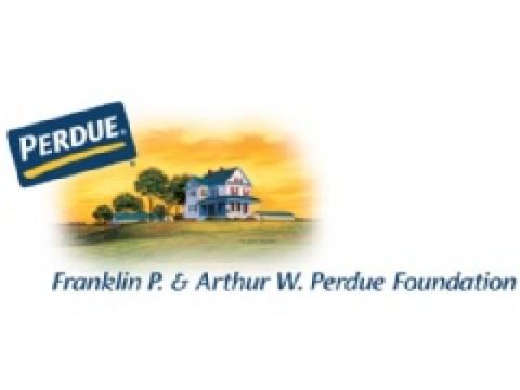 Perdue Farms는 Perdue 직원 및 농장 파트너의 자녀 15명에게 $75,000 장학금 수여