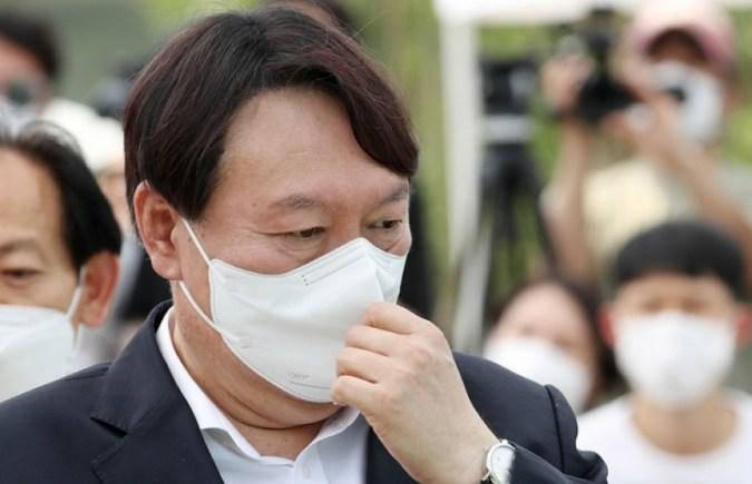 Seok-Yeol Yoon akan mendeklarasikan tantangan presiden paling cepat akhir bulan ini