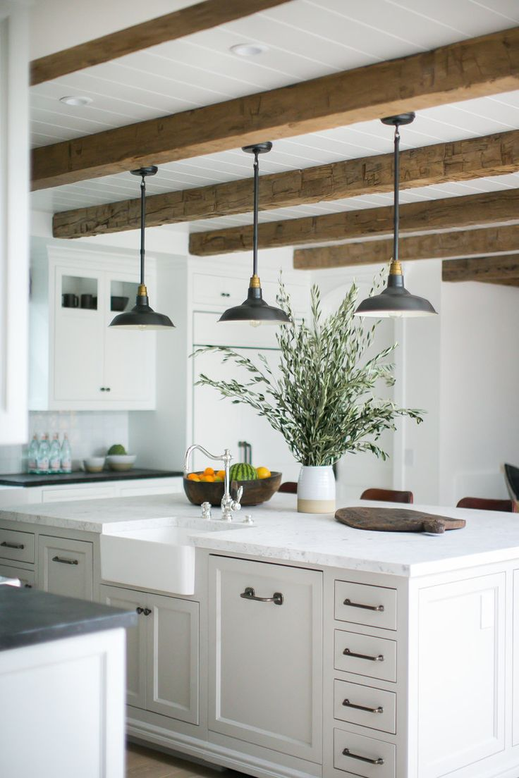 14 Stylish Ceiling Light Ideas for the Kitchen