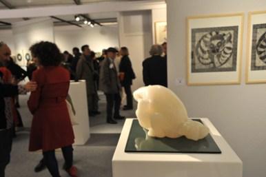 Sculpture Ourse Polaire et oursons - Animaux - sentiments - maternité - Partage - Albâtre du Brésil