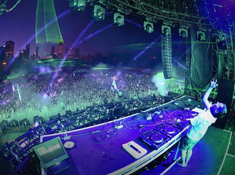Watch Kaskade's Full 3.5 Hour Set at Redux Chicago