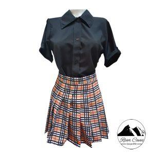 outfit falda escocesa