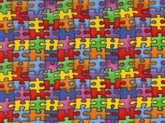 2013 0424 autism puzzle pieces