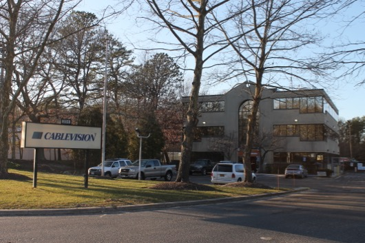 Riverhead Finalizes Contract Negotiations With Cablevision Sets