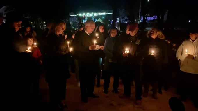 Brian-Simonen-memorial-candlelight-service