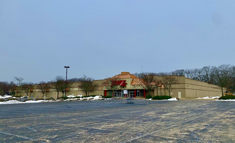 Riverhead Town eyes vacant Kmart building on Route 58 for municipal complex | RiverheadLOCAL