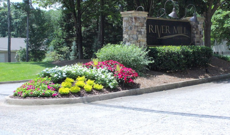 entrance gate river mill roswell