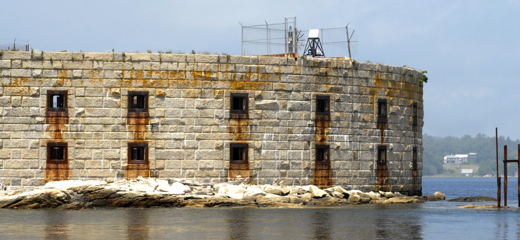 Fort Popham Light