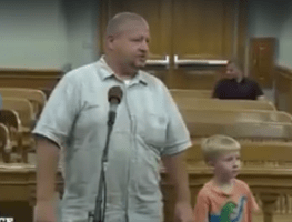 5-year-old Jacob prepares to decide his father's fate in open court