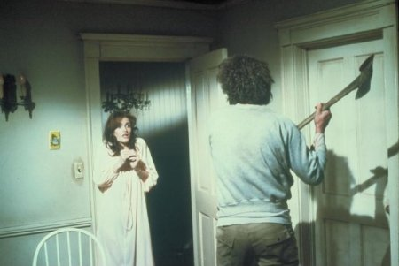 the-amityville-horror-1979-attack-with-an-axe