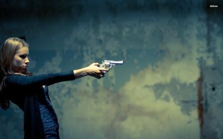 16377-girl-with-a-gun-1920x1200-girl-wallpaper
