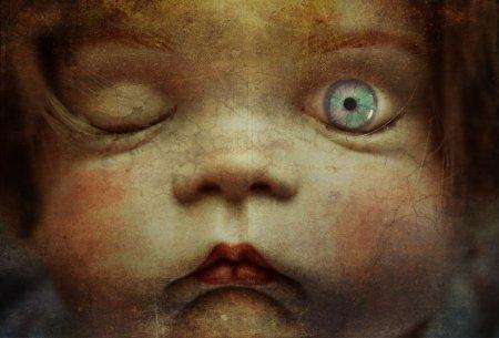 grotesque_doll_by_ashmasher-d5vxmz8