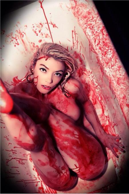 Diane_Foster_Scream_Queen (10)