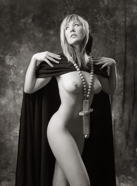 Naked-Nun-piercing