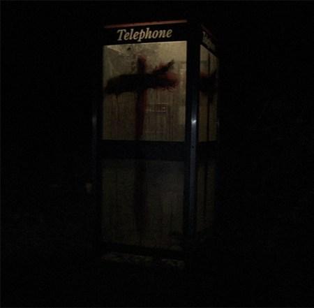 Bloody-phonebox-4