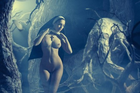 naked_nun_rivers_of_grue (6)