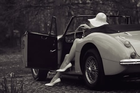 sexy-legs-woman-car