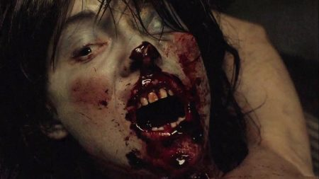 dead_girl_horror_review (6)