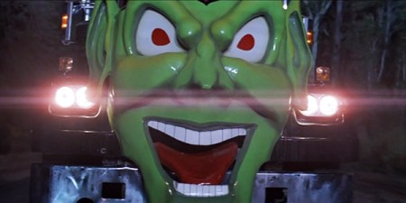 maximum_overdrive_horror_review (12)
