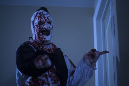 all_hallows_eve_horror_review (3)