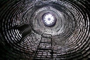 Dark_Manhole_by_FlashSalute