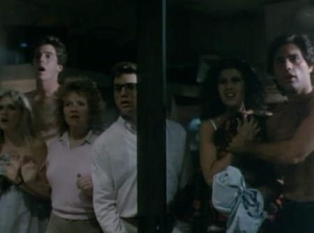 chopping-mall-horror-review (3)