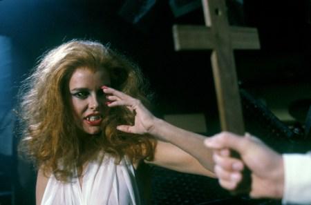 fright-night-vampire-review (10)