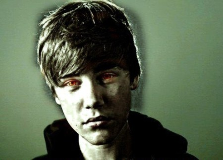 JB-zombie-justin-bieber-26135872-500-404