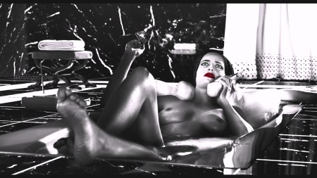 sin_city_a_dame_to_kill_for_eva_green_-_video_clip_02-avi